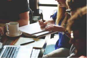réunion de travail, brainstorming équipe