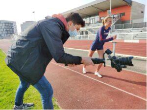 tournage pour le conseil départemental du Calvados avec l'athlète Flavie Renouard / crédit studios numériques